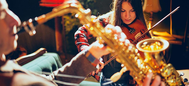 Geef eens een saxofonist cadeau