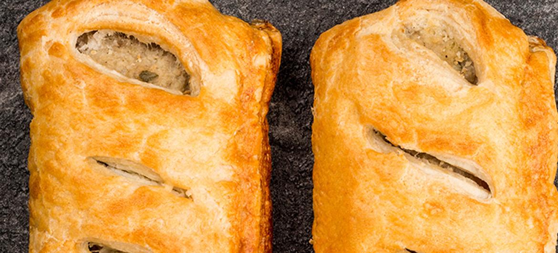 Een saucijzenbroodje met krekelvlees voor de milieubewuste carnivoor