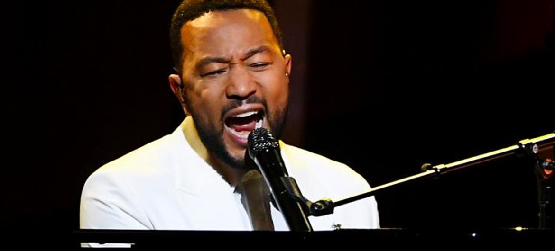 Emotioneel optreden John Legend