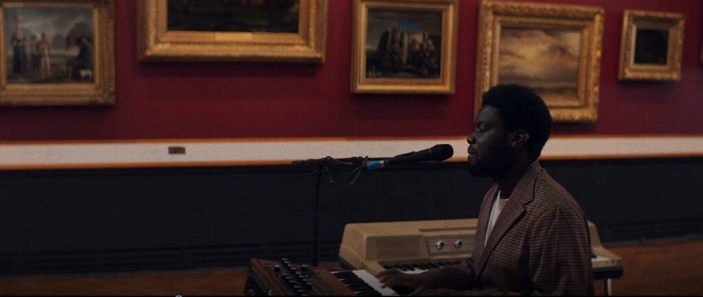 Michael Kiwanuka live victoria albert solid ground