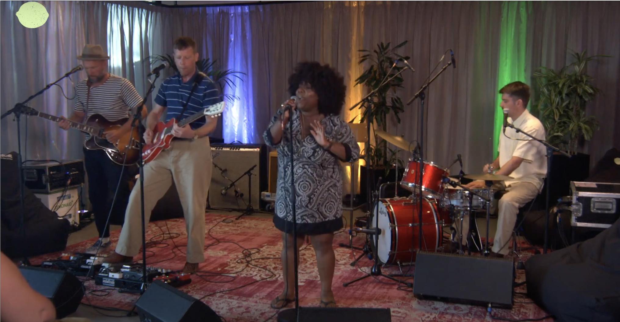 Kijk hier de geweldige optredens van de Sublime Summertime Sessions terug